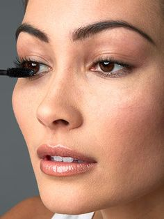 5 Easy Steps to Perfect Mascara - Step 3