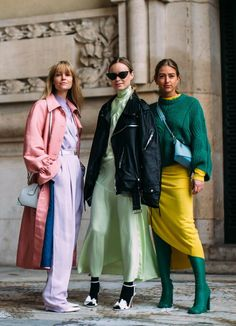 Gli Arcani Supremi (Vox clamantis in deserto - Gothian): Paris Fashion Week Fall 2018 street style