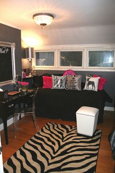 teenage girl room makeover:  dressing room 2010 by shelly kennedy/drooz studio, via Flickr