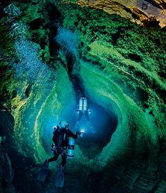 underwater cave pic   UNDERWATER CAVES