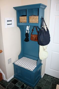 Storage hutch with cushion | Do It Yourself Home Projects from Ana White