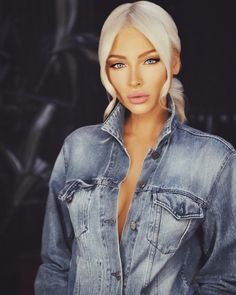 "Alena Shishkova - ""@in_dante_verita"" Russian Men, Russian Models, Glamour Photo Shoot, Alena Shishkova, Male Magazine, Beauty Pageant, Platinum Blonde, Beauty Queens, Pretty Woman"