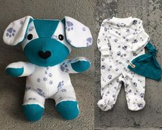 Keepsake Memory Puppy Dog Stuffed Animal: upcycled from your fabric hospital blanket sleepers baby clothes baby blanket clothing Diy Bebe, Sewing Stuffed Animals, Baby Sleepers, Sock Animals, Baby Animals, Baby Memories, Baby Keepsake, Animal Crafts, Baby Crafts