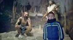 Puer Neanderthalensis.