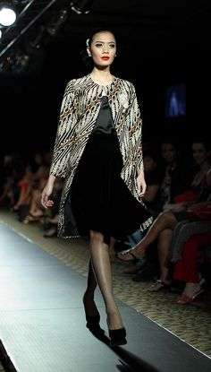 PIFW 2013 # Iwan Tirta – Royal Wisdom, Spring/Summer Collection 1