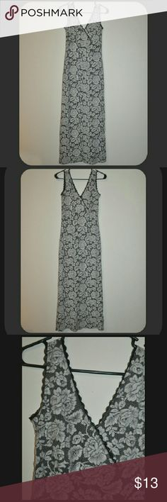 Gorgeous Lace V neck Dress v-neck on front and back - no size tag, fits like a womens size small  *NOTE: I have updated the prices of ALL clothing in my closet to reflect the final selling price. Prices are set as low as I am willing to go for each item.   - Please, No Offers On Clothing. PRICES ARE FIRM. ♥ Dresses
