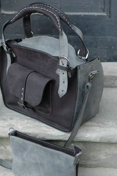 https://www.etsy.com/listing/211733640/leather-shoulder-bag-with-clutch-set?ref=unav_listing-same