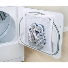 Mesh laundry bags are invaluable laundry gadgets that you may or may not have ever used. Use these laundry bag tips in all your cleaning & organization. Trick 17, Laundry Hacks, Laundry Rooms, Diy Cleaning Products, Cleaning Solutions, Home Cleaning Tips, Organization Hacks, Organizing, Getting Organized