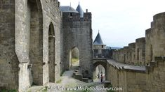 Carcassonne_acces extérieur entre les remparts