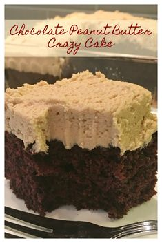 Chocolate Peanut Butter Crazy Cake – Awesome vintage chocolate cake topped with the best peanut butter frosting, sure to cure that chocolate peanut butter craving! Chocolate Peanut Butter Crazy Cake – Awesome vintage chocolate cake topped with the best 13 Desserts, Dessert Recipes, Picnic Recipes, Baking Desserts, Health Desserts, Awesome Desserts, Bar Recipes, Cream Recipes, Family Recipes