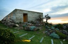 enochliew:  Fasano Las Piedras by Isay Weinfeld The two...