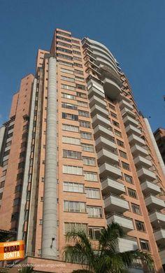 Qué tanto conoces Bucaramanga y su área metropolitana ? Dinos como se llama este edificio. Gracias @Posadapanorama por la foto #conoceBucaramanga