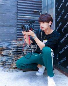 Sexy Asian Men, Asian Boys, Handsome Faces, Handsome Boys, Last Child, Cute Gay Couples, Cute Actors, Thai Drama, Cute Cartoon Wallpapers