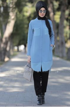please follow me Hijab Fashion, Athletic, Jackets, Style, Down Jackets, Swag, Athlete, Deporte, Outfits