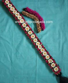 Order Fresh flower poolajada, bridal accessories from our local branches present over SouthIndia, Mumbai, Delhi, Singapore and USA. Bridal Hairstyle Indian Wedding, South Indian Bride Hairstyle, Bridal Hairdo, Indian Bridal Hairstyles, Indian Bridal Makeup, Bridal Makeup Looks, Bride Hairstyles, Wedding Makeup, Flower Hair Accessories