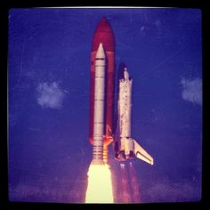 Final lift off of Space Shuttle Discovery