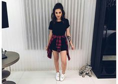Discover and organize outfit ideas for your clothes. Decide your daily outfit with your wardrobe clothes, and discover the most inspiring personal style Teen Fashion Outfits, Cute Fashion, Dress Fashion, Womens Fashion, Vetement Fashion, Mode Blog, Cute Casual Outfits, Girly Outfits, Grunge Outfits