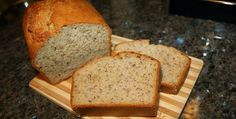 Great Low Fat Banana Bread. Yummy and satisfies your sweet tooth #lowfat #bananabread
