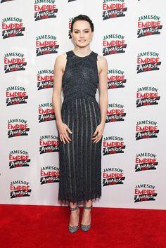 Daisy Ridley en robe BOSS lors des Jameson Empire Awards