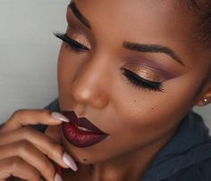 Plum & Caramel Eyeshadow | Eye Makeup Ideas | Everyday Makeup Look For Dark Skin Tone by Makeup Tutorials at http://makeuptutorials.com/8-eyeshadow-ideas-black-women-eye-makeup-ideas/