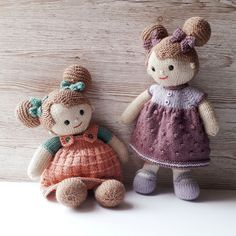 Knitted Doll Patterns, Knitted Dolls, Knitting Patterns, Knitting Ideas, Crochet Yarn, Knitting Yarn, Hand Knitting, Crochet Toys, Lilly Doll