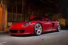 Red Porsche Carrera GT in Downtown Carmel for Car Week 2014 Porsche Gt, Porsche Carrera Gt, Cool Car Pictures, Car Pics, Gtr Car, R35 Gtr, Car Wheels, Car Manufacturers, Hot Cars