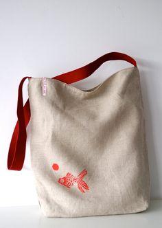 Natural linen fish tote bag. €35,00