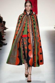 Valentino Outono e inverno 2014/15 - Paris Fashion Week.   Comportamento & Moda: Valentino Fall 2014 Ready-to-Wear - Fashion Show -...
