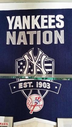 Colleges That Offer Basketball Scholarships Yankees Logo, Yankees Fan, New York Yankees Baseball, New York Giants, Empire State Of Mind, Mickey Mantle, Derek Jeter, American Football, Baseball Cards