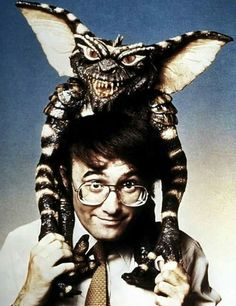 Director Joe Dante (with glasses) and a friend. Gremlins, Scream Queens, Comedy Films, Cute Creatures, American Horror, I Movie, Nerd, Images, Batman