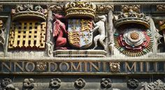 The Christchurch Gate at Canterbury Cathedral, Kent; with Tudor heraldic arms and badges. (www.wild-about-travel.com)