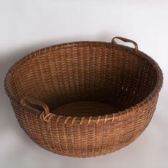 "8 ¼"" Nantucket lightship sewing basket with carved heart shaped handles with heavily turned Maple base. Attributed to Captain Thomas James For more information please email us or call Old Baskets, Sewing Baskets, Wicker Baskets, Bountiful Baskets, Native American Baskets, Nantucket Baskets, Vintage Kitchenware, Trinket Boxes, Basket Weaving"