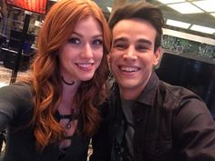 Find images and videos about shadowhunters, clary fray and katherine mcnamara on We Heart It - the app to get lost in what you love. Shadowhunters Actors, Shadowhunters Season 3, Shadowhunters The Mortal Instruments, Katherine Mcnamara, Kat Mcnamara, Vampire Diaries, Clary And Simon, Alberto Rosende, Netflix