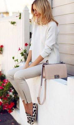 Adorable Spring Outfits Ideas To Wear To Work 64