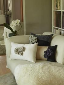 Felted flowers for throw pillows