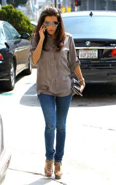 Eva Longoria: tailored skinnies, flowy shirt