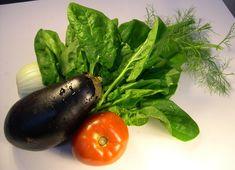 Pewnie często zadajecie sobie pytanie jak usunąć pestycydy z warzyw i owoców. Decydując się na spożywanie nieorganicznych warzyw i owoców z marketów, osiedlowych sklepów itp.należy bezwzględnie oczyścić ich powierzchnię z pestycydów, herbicydów i innych środków ochrony roślin, które są wybitnie rakotwórcze. Substancje te nie dadzą