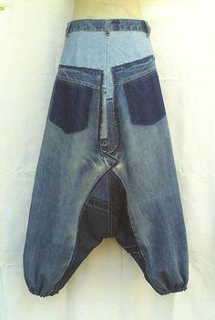 Unisex broek in patchwork gerecyclede jeans op maat gemaakt