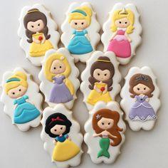 Peach Cookies, Iced Sugar Cookies, Fancy Cookies, Valentine Cookies, Cute Cookies, Royal Icing Cookies, Cupcake Cookies, Disney Princess Cookies, Disney Cookies
