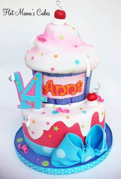 Giant Cupcake Cake Big Cupcake, Giant Cupcake Cakes, Fondant Cakes, Cupcake Birthday, Birthday Ideas, Colorful Desserts, Candy Cakes, Amazing Cakes, Beautiful Cakes