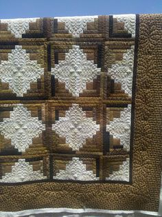 Log Cabin by Jessica's Quilting Studio, Beautiful!!