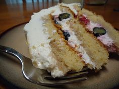 how to make the whole foods berry Chantilly cake. intense recipe ...