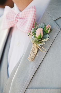 pink spray rose and dusty miller boutonniere in burlap Photo by Holly Chapple Flowers - http://thefullbouquetblog.com/