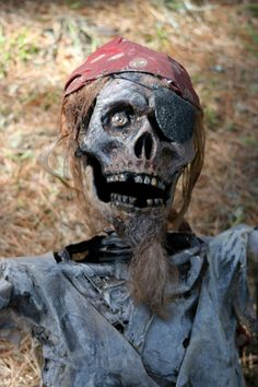 Pirate Props For Sale Pirate Decor, Pirate Art, Pirate Life, Pirate Theme, Pirate Halloween Party, Halloween 2016, Halloween Skeletons, Halloween Yard Decorations, Halloween Themes