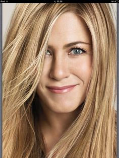 This is what beauty looks like. Jennifer Anniston for Living Proof
