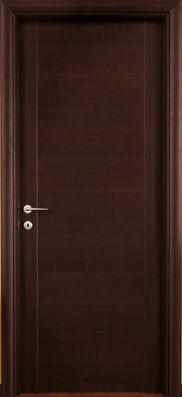 #Porte interne modello 1C  in #legno listellare. #Rivestimento esterno in Laminato. Colore: #Wenge'. Linea Complano - #Catalogo Motivo.