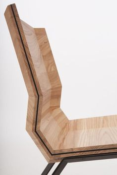 FOLD is the result of the designers trying to make a comfortable chair out of plywood board. Van Tjalle and Jasper.