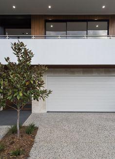 :: THE AVENUE :: Gallery :: Big House Little House :: Residential Building Design, Team Builders, Big Houses, Modern Kitchen Design, Brisbane, Entrance, Garage Doors, New Homes, Backyard Ideas