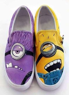 Are you kidding me??? I so want these!!! 2013 Despicable Me 2 cartoon figure The Minions Couples Shoes hand painted shoes women and men casul canvas shoes on Aliexpress.com
