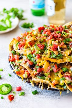 """Fully loaded Nachos For Your Cinco De Mayo Celebration! Huge Shoutout to For Cooking This One Of A Kind Dish! Beef Nachos, Chicken Nachos Recipe, Vegetarian Nachos, Vegetarian Recipes, Salsa Recipe, Nachos Loaded, Turkey Nachos Recipe, Chicken Fajitas, Cheesy Recipes"
